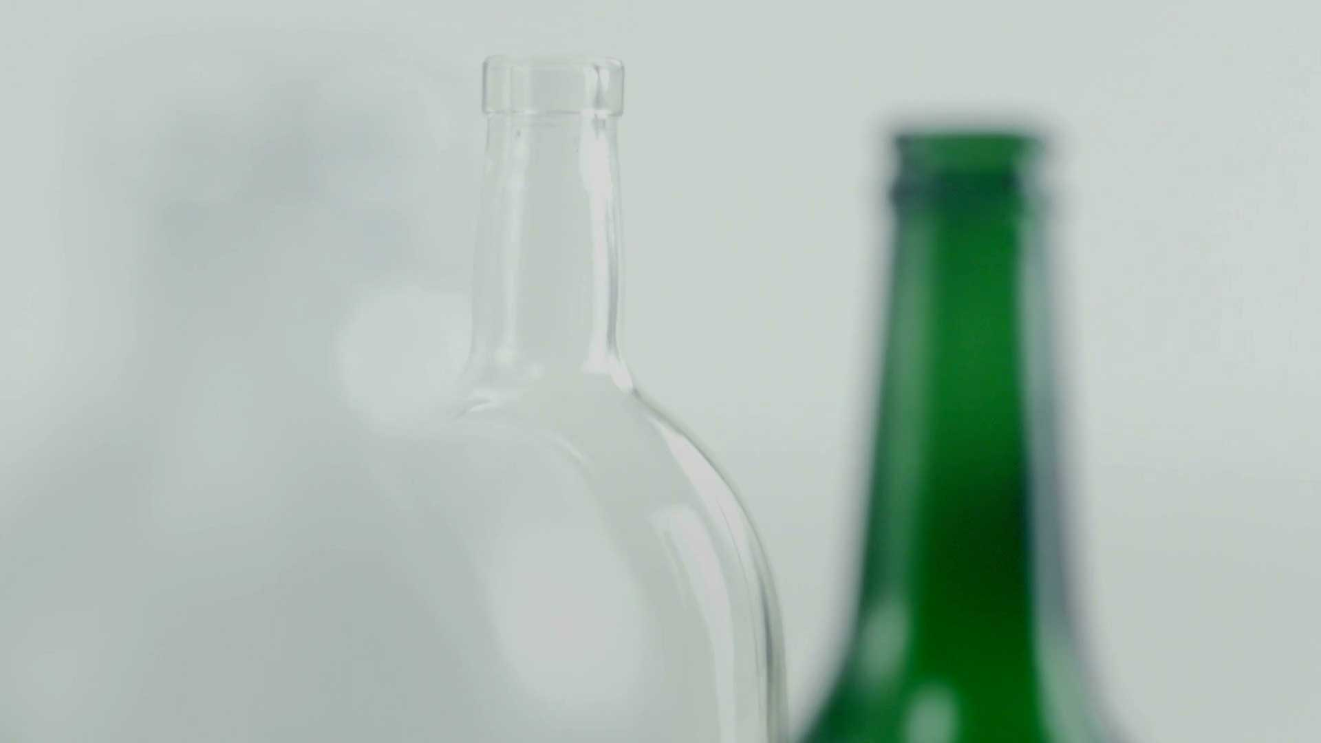 Glass packaging manufacturer | Vetropack Group